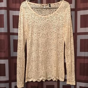 BKE BOUTIQUE LACE LONG SLEEVE TOP